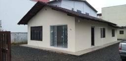 Aluga-se casa comercial com 5 salas-Vila Nova-Joinville