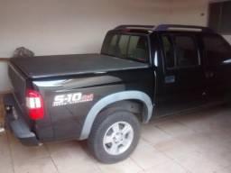 Gm - Chevrolet S10 - Preto - 2010 - Adamantina - 2010