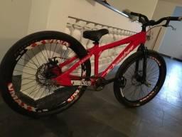 Bicicleta Banshee Morphine Whelling