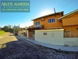 Casa para alugar com 3 dormitórios em Centro, Porto belo cod:122