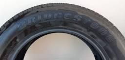 Pneu Bridgestone Dueler 225/65/17 em ótimo estado