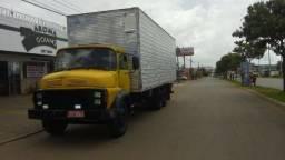 Fretes diversos e mudanças caminhão Baú
