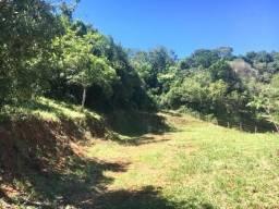 Terreno para chácara de 2.000 m² com poço de água e luz na região de Cambuí