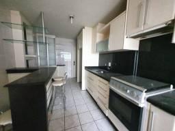 Apartamento Grande, 4 Dormitorios (1 suite), Bem no Centro de Criciuma