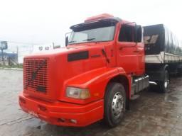 Vendo caminhão volvo 360