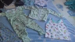 Lote de ropupas para recen nascidos menino