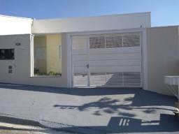Casa Nova - 2 quartos (1 Suíte) e 2 salas - JD Maracanã