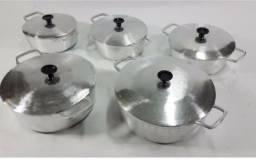 Panelas de alumínio batido com tampas grossas