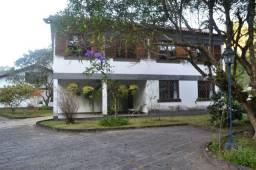 Oportunidade Única!!! Vende-se linda casa em Corrêas - Petrópolis Rj