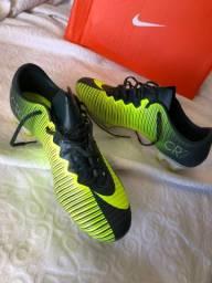Chuteira Nike Mercurial Profissional CR7