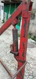 Guincho Hidráulico 2000 Kg (Usado) R$ 850,00