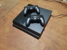 Vendo PlayStation 4 Zerado