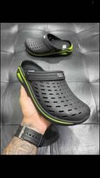 Crocs kin