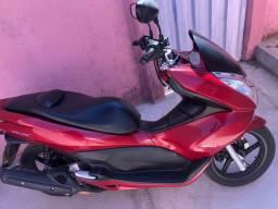 Honda PCX Vermelha 2015