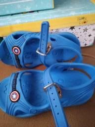 Sandália infantil Capitão América