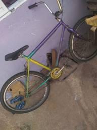 Vendo bicicleta muito boa