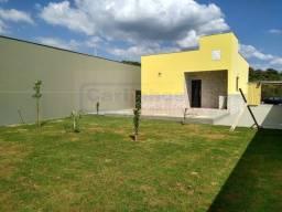Casa de lote inteiro á venda com 2 dormitórios na cidade de Juatuba