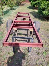 Chassis basculante para trator