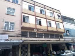 Apartamento com 3 quartos para alugar, 43 m² por R$ 750/mês - Centro - Juiz de Fora/MG