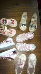 Sapatinhos e sandálias infantis