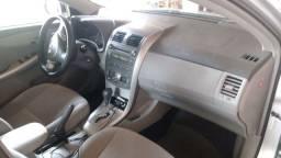 Corolla gli automático com ar digital 2011 com 100 mil km rodados