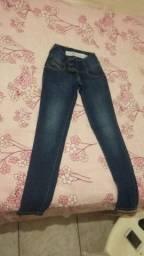 Vende-se calças jeans