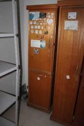 Armário Alto c/ 1 Porta 1 Tampo Basculante em MDP Marrom 163 cm x 45 cm x 40 cm