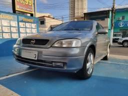 Astra 2001 4P Millenium 1.8 8v 110cv
