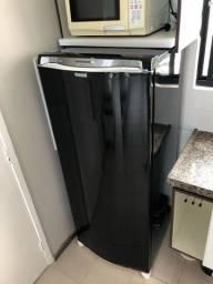 Adesivacao de geladeira