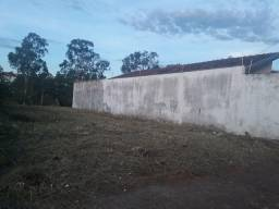 Vendo terreno 8,5 X 25 - Próximo ao Confiança da Vila Falcão