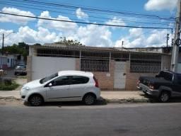 Casa na cidade nova 4 quartos sendo 3 suítes terreno 12X25 (financia) p/ ao Chapéu Goiano