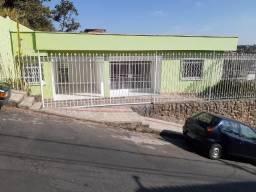 Permuta casa no bairro Gloria com piscina por Apartamento em Bh