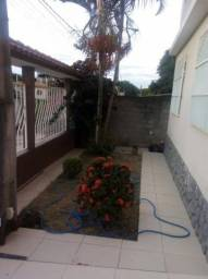 Casa de 4 Quartos em Balneário de Ponta da Fruta!!