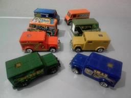 Miniaturas Chevy Tahoe e picapes