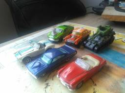 Carrinhos Hotwheels Miniaturas