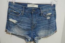 Shorts - marcas: Abercrombie & Fitch e MNG Collection (semi-novos)