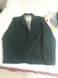 1 Blazer (Novo) e 1 Casaco (Usado)