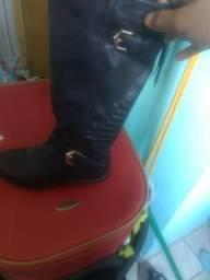 Vendo essas duas botas country ( cano longo e curto)