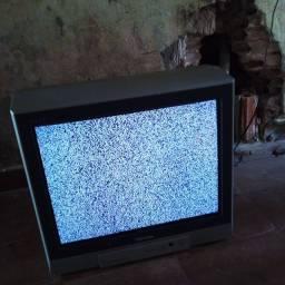 Vendo essa televisão funcionando perfeitamente