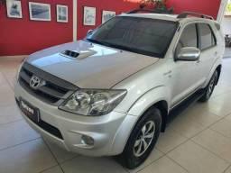 Toyota Hilux SW4  SW4 SRV 3.0 4X4 DIESEL AUTOMÁTICA