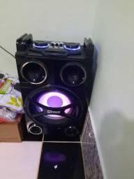 Vendo essa linda caixa de som
