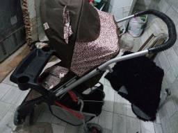 Carrinho de bebê joaninha