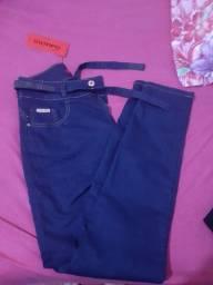 Vendo calsa jeans nova