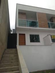 Casa com 02 quartos, 01 suíte no bairro Jardim dos Alfineiros- R$235.300,00