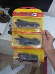 3 carro batmovel do Batman lacrado promoção posto shell