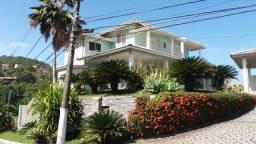 Casa dentro condomínio em Camboinhas 3 qts mais um escritorio