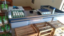Balcão Hortifruti madeira e caixa top novo