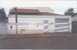 Casa à venda com 3 dormitórios em Santo antonio, Ituiutaba cod:8db050c9b1c