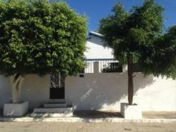 Casa em Sertânia com 3 quartos, com 1 suíte