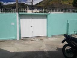Casa dois quartos - R$ 1.300 - Rua Monteiro da Luz